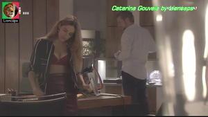 Catarina Gouveia sensual em lingerie na serie Onde Está Elisa