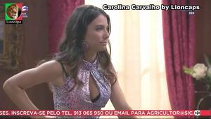 Carolina Carvalho sensual em vários trabalhos