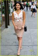 Olivia Munn at a newsstand in NYC 8/25/11