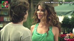Aline Moraes sensual em várioos trabalhos