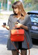 http://img287.imagevenue.com/loc555/th_506618488_Sophia_Bush_out_shopping_in_LA11_122_555lo.JPG