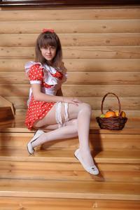 http://img287.imagevenue.com/loc600/th_105431871_tduid300163_Silver_Sandrinya_maid_1_103_122_600lo.JPG