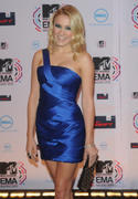 http://img287.imagevenue.com/loc84/th_06175_Emily_Osment_at_the_2010_Europe_Music_Awards7_122_84lo.jpg